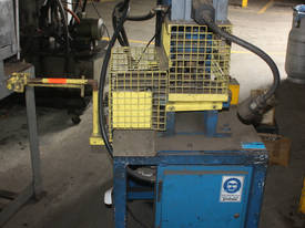 Hydraulic Fabricated Press 3 Phase Guarded Foot Co - picture2' - Click to enlarge