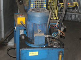 Hydraulic Fabricated Press 3 Phase Guarded Foot Co - picture3' - Click to enlarge