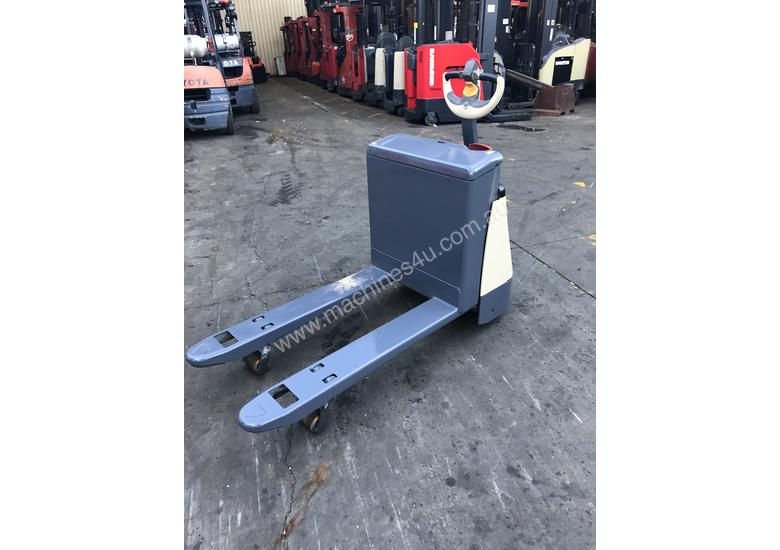 Used Crown Crown Electric Pallet Mover Pallet Truck Jack
