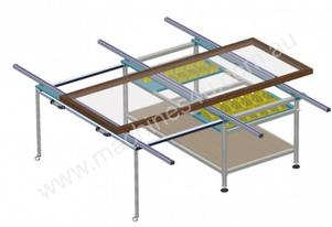 Luna assembly table