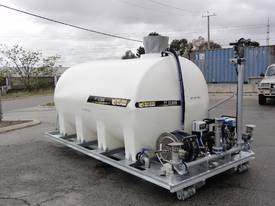 WELDING SOLUTIONS PT12500 HOOKLIFT WATER CART - picture0' - Click to enlarge