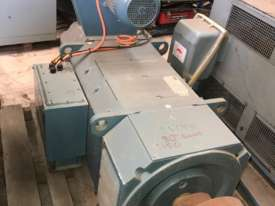 270 kw 1031 rpm 280 frame DC Electric Motor - picture2' - Click to enlarge