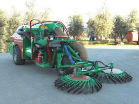 Self-propelled harvesters C 300 S - picture0' - Click to enlarge