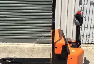 WALK BEHIND 2000KG ELECTRIC PALLET JACK