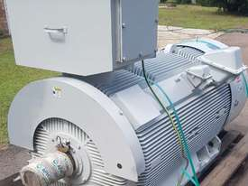 350 kw 4 pole 6600 volt AC Electric Motor - picture0' - Click to enlarge