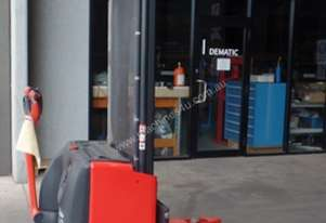 Used Forklift: L12AS - Genuine Preowned Linde 1.2t