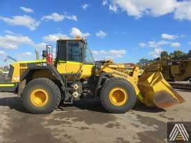2015 KOMATSU WA380-6 WHEEL LOADER - picture1' - Click to enlarge