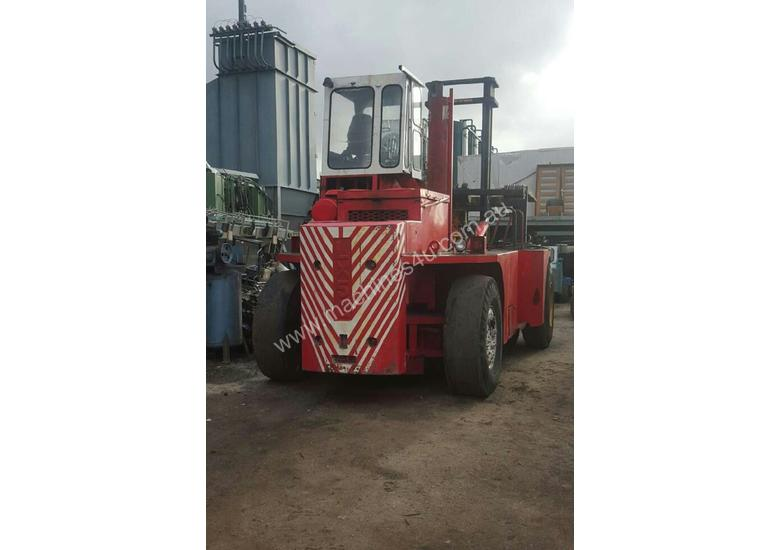 Container Forklift Luxford