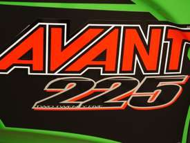 Avant 225 W/ General Bucket - picture4' - Click to enlarge