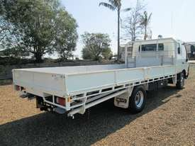 Hino 921- 300 Series Tray Truck - picture4' - Click to enlarge
