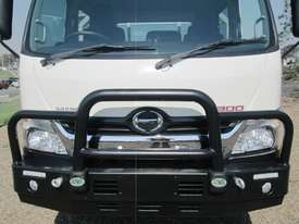 Hino 921- 300 Series Tray Truck - picture9' - Click to enlarge