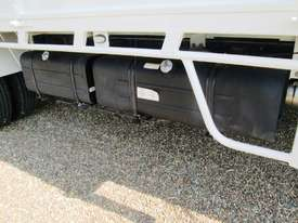 Hino 921- 300 Series Tray Truck - picture12' - Click to enlarge