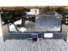 Hino 921- 300 Series Tray Truck - picture17' - Click to enlarge