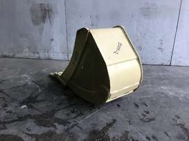 UNUSED 300MM DIGGING BUCKET TO SUIT 2-4T EXCAVATOR E009 - picture2' - Click to enlarge