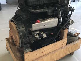 Mercedes-Benz OM904LA 174HP 130kW Diesel Engine