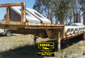 Tri Axle Low Loader Semi Trailer, hydraulic ramps