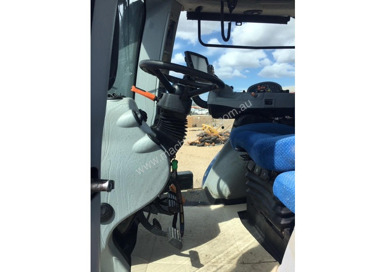 New Holland T8 390 FWA 4WD Tractor