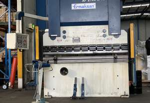 Just In - Late Model ERMAKSAN 2100mm x 40Ton NC Pressbrake With Laser Guards