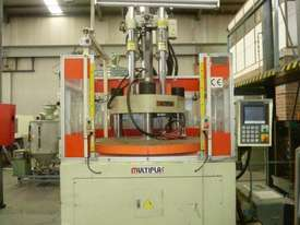 Plastic Injection Moulding Machine - picture2' - Click to enlarge