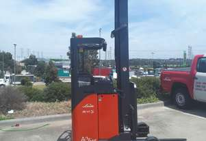 Used Forklift:  R14S Genuine Preowned Linde 1.4t