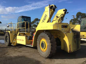 9.0T Diesel Reach Stacker - picture3' - Click to enlarge