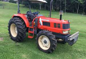 75 Hp Daedong 4wD Farm Tractor and attachments