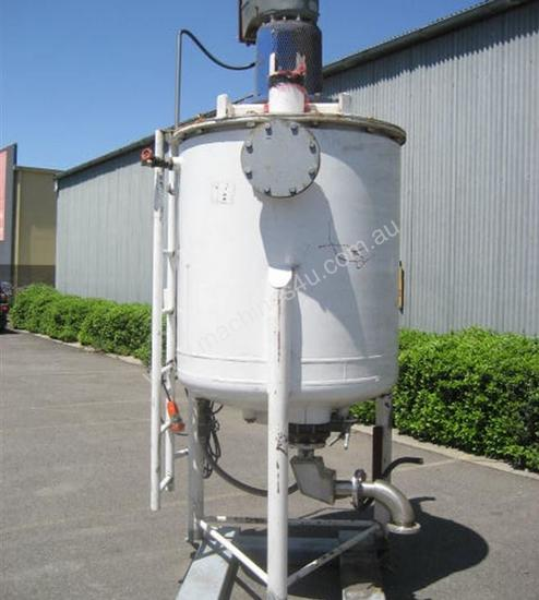 Chocolate/Fat jacketed Tanks