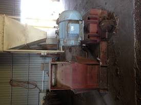 Silos, Screw Augers, Blowers, Roller Mills,  - picture2' - Click to enlarge