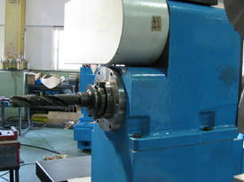 Heavy Duty Kinwa 1150mm Swing CNC Lathe CL68 - picture10' - Click to enlarge