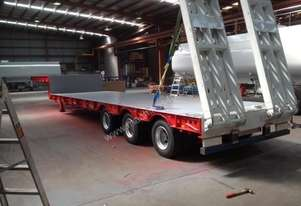 2014 ULTIMATE TRAILERS LOW LOADER WITH TOP DECK