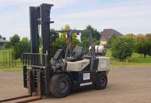 Crown 5 tonne forklift for hire