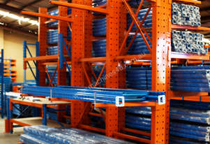 LIGHT DUTY CANTILEVER RACKING – 2500mm High