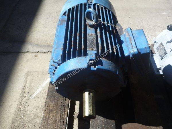 WESTERN ELECTRIC 10HP 3 PHASE ELECTRIC MOTOR/ 1440