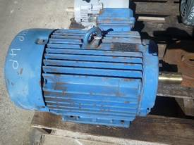 WESTERN ELECTRIC 10HP 3 PHASE ELECTRIC MOTOR/ 1440 - picture1' - Click to enlarge