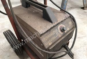 CIG Weld Easy Welder 240 Volt Portable Welder #G