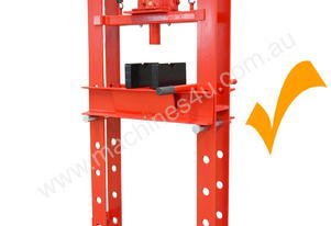 Press 30 ton Hydraulic Type with wide gap between