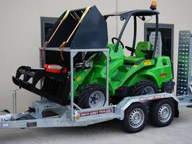 Avant 528 Articulated Mini Loader Trailer package - picture0' - Click to enlarge