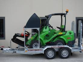Avant 528 Articulated Mini Loader Trailer package - picture2' - Click to enlarge