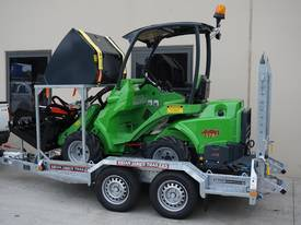 Avant 528 Articulated Mini Loader Trailer package - picture3' - Click to enlarge