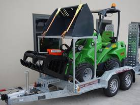 Avant 528 Articulated Mini Loader Trailer package - picture4' - Click to enlarge