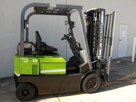 4 Wheel Battery Electric Container Masts