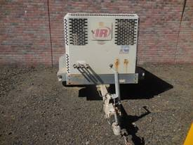 INGERSOLL-RAND 9/110 400CFM DIESEL AIR COMPRESSOR - picture2' - Click to enlarge