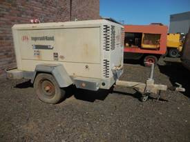 INGERSOLL-RAND 9/110 400CFM DIESEL AIR COMPRESSOR - picture0' - Click to enlarge