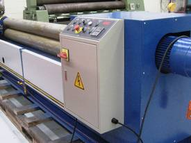 Plate Bending machine - picture2' - Click to enlarge