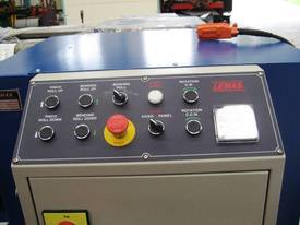 Plate Bending machine - picture4' - Click to enlarge