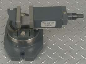 Milling Vice 50mm METEX Bi Axis Two Way Swivel Base Tilting Vise Metal Wood Work - picture2' - Click to enlarge