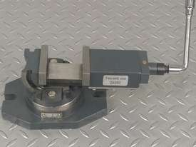 Milling Vice 50mm METEX Bi Axis Two Way Swivel Base Tilting Vise Metal Wood Work - picture3' - Click to enlarge