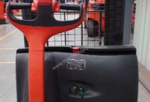 Used Forklift: L12 Genuine Preowned Linde 1.2t