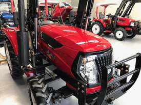 New Huaxia 40hp Tractor, with 4in1 front end loader  - picture10' - Click to enlarge