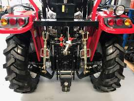 New Huaxia 40hp Tractor, with 4in1 front end loader  - picture4' - Click to enlarge